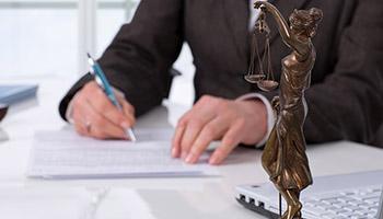 El Tribunal Constitucional ha declarado que el despido objetivo por faltas de asistencia del trabajador es válido